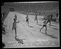 Frank Lombardi, Dave Zaun, Franny Kilfoil, Marzetta West, and Frank Wykoff run across the finish line, Los Angeles, 1928