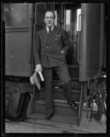 Emil Ludwig disembarks from a railroad car, Los Angeles, 1933