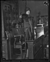 Dorothy Mackaye in court, Los Angeles, 1927