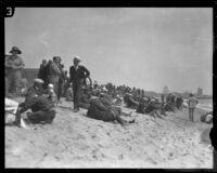 Spectators line Venice Beach, Los Angeles, 1926
