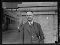 John P. Mills appears in court, Southern California, 1931
