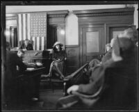 Madalynne Obenchain testifies during murder trial in Judge Reeve's courtroom, Los Angeles, ca. 1921