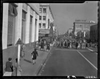 View down 3rd St. towards the intersection at Santa Monica Blvd. at Christmas time, Santa Monica, 1945-1947