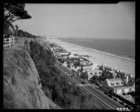 Bird's eye view of Marion Davies' beach house from Palisades Park, Santa Monica, 1946-1950