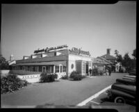 Ollie Hammond's Steak House at Town and Country Market, Los Angeles, 1943