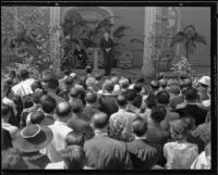 Memorial service for will Rogers at Twentieth Century Fox Studio, Los Angeles, 1935