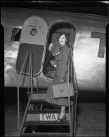Actress Fay Wray boarding or leaving plane, 1935 or 1936