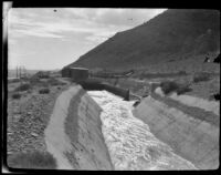 Los Angeles aqueduct, section of in-ground channel, 1924