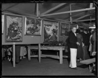 Festival of Arts visitors and displays, Laguna Beach, 1934