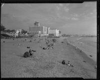 Grand Hotel and Santa Monica beach, Santa Monica, [1932?]