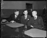 Arson suspect Robert D. Barr with lawyers Marcus Muskat and Lawrence Cobb, Los Angeles, 1933