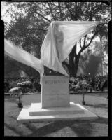 Statue of Ludwig van Beethoven in Pershing Square the day of its unveiling, Los Angeles, 1932-1939