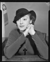 Actress Kathleen Burke in court for a divorce, Los Angeles, 1934