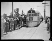 Crowd gathers for Burlington Zephyr train exhibition at Exposition Park, Los Angeles, 1934