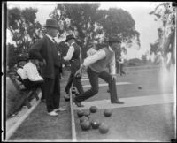 Bowling on the green at Exposition Park, Los Angeles, 1920-1939