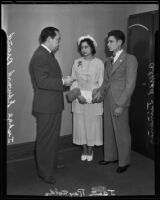 Judge Edward Brand marrying Jean Reynolds and Alfred Jimenez, Los Angeles, circa 1935