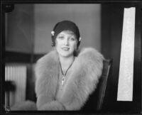 Kathryn Carver divorces her abusive husband, Los Angeles, 1927