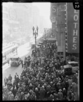 Christmas shopping crowd on Broadway, Downtown Los Angeles, 1928