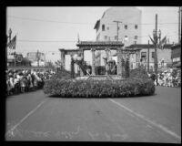 Glendale entry float at the La Fiesta de Los Angeles parade, Los Angeles, 1931