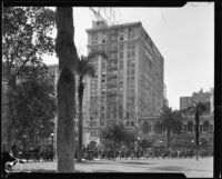 Detweiler Building seen from across Pershing Square, Los Angeles, 1920s (?)
