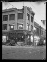 Building on Beacon Street damaged by the Long Beach earthquake, San Pedro, 1933