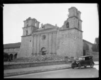 Santa Barbara Mission facade after the earthquake, 1925