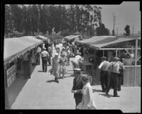 Los Angeles Farmers' Market at 3rd & Fairfax during opening, Los Angeles, 1934