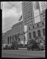 Flag at half-mast at City Hall for Will Rogers and Wiley Post, Los Angeles, 1935