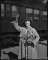 Amelita Galli-Curci, opera singer, upon arrival at the train station, Los Angeles, 1935