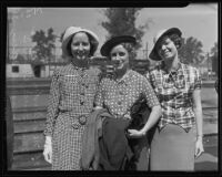 Mrs. Gordon Reimers, Mrs. Bruce Hunter, and Mrs. Louise Westberg before departing for Mexico City with the Lions Club, Los Angeles, 1935