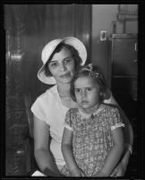 Lucy Barnes holds her daughter Barbara, Los Angeles, 1935