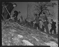Civilian Conservation Corps volunteers battle blaze in San Rafael Hills, Glendale, 1935