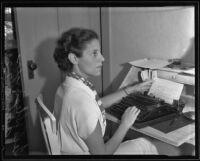 Tess Slesinger at her typewriter, Hollywood, 1935