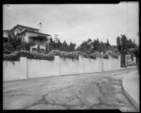 House lined with rose bushes, Los Angeles, 1935