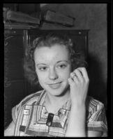 Vivian Cammack displaying Ates's ring, Los Angeles, 1935