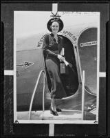 Inez Hadley boarding a Western Air Express airplane, Los Angeles, 1935