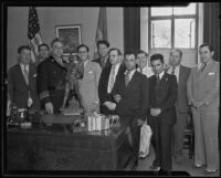 Mexican Consul Ricardo G. Hill welcomed by city officials, Los Angeles, 1935