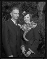 James Arnold Reeves and Helen Forbes Reeves on their wedding day, Pasadena, 1935