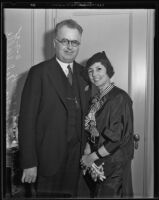 Dr. Henry Grady and Mrs. Lucretia del Valle Grady travel to California from Washington, Los Angeles, 1935