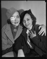Ruth Lee and Hazel Lee Burgess sitting together, 1935