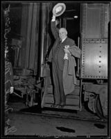 Governor Frank F. Merriam leaves for American Legion Convention, Los Angeles, 1935