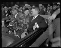 President Roosevelt, Eleanor Roosevelt and mayor Frank Shaw in a car at Central Station, Los Angeles, 1935