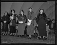 Gladys Swarthout, Aurelia Reinhardt, Grace Ashley, Eleanor Roosevelt, and Kate Page Crutcher at the Hollywood Bowl, Los Angeles, 1935