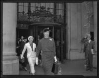 Eleanor Roosevelt leaving the Biltmore with Mayris Chaney and Malvina Thompson, Los Angeles, 1935
