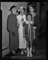 Coline Clarke, Beth Cross, Mae Elizabeth Scrivens, and Cecil Cross go to court against Buster Keaton, Los Angeles, 1935