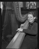 Wally Bedford-Jones playing harp, Los Angeles, 1935