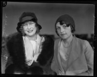 Portrait of Ina Branson and Helen Seelye, witnesses at Hickman kidnapping case, Los Angeles, 1928