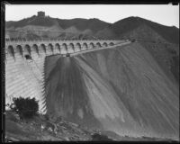 Barrier build in front of Mulholland Dam, Hollywood, 1933