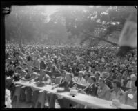 Crowd gathered to hear Herbert Hoover at Bixby Park, Long Beach, 1928