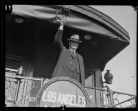 Herbert Hoover arrives in Los Angeles, 1928